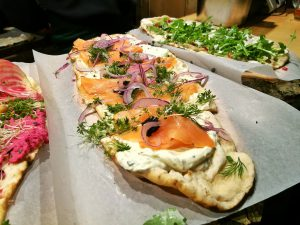 Naan Brot mit Lachs